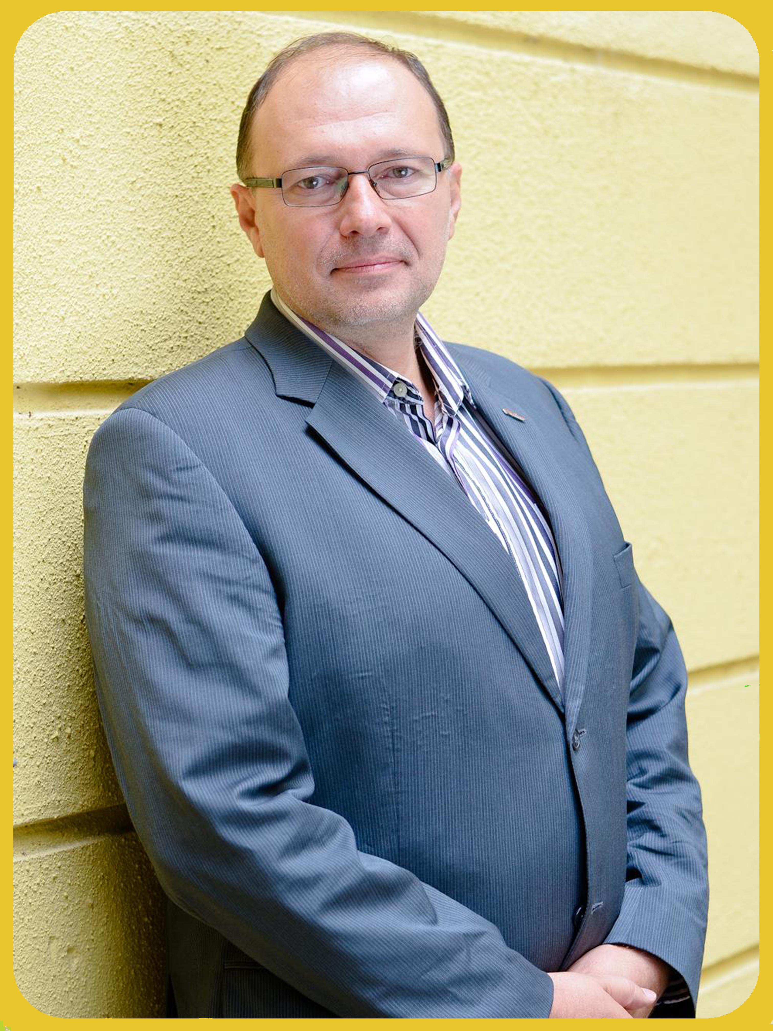 Dr Sztrilich András